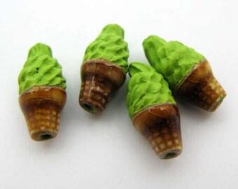 4 Tiny Ice Cream Beads - mint