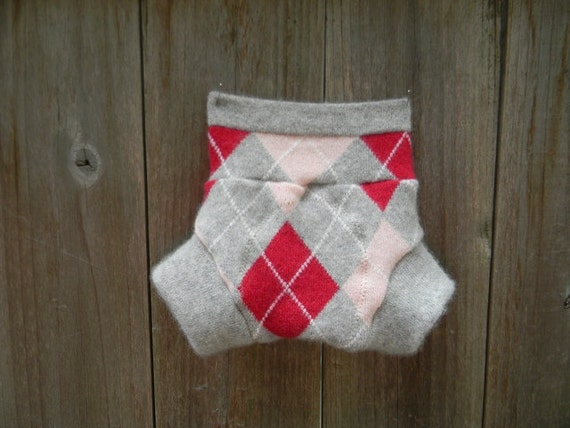 Upcycled Cashmere Soaker Cover Diaper Cover With Added Doubler Girly Argyle/Light Gray With Pink Heart Applique NEWBORN 0-3M Kidsgogreen