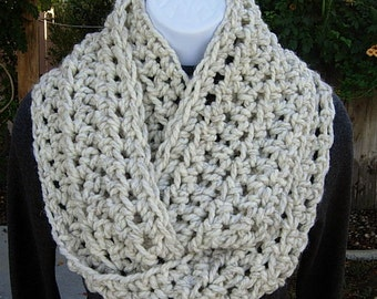 COWL SCARF Infinity Loop, Off White Wheat with Black, Bulky Soft Wool Blend Crochet Knit Winter Circle, Neck Warmer..Ready to Ship in 2 Days