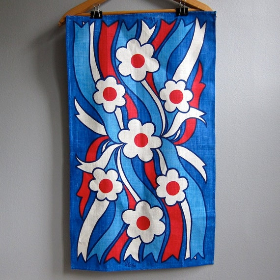 Vera Neumann Linen Tea Towel in Red White Blue, Unused 1960s Kitchen Decor Hand Towel