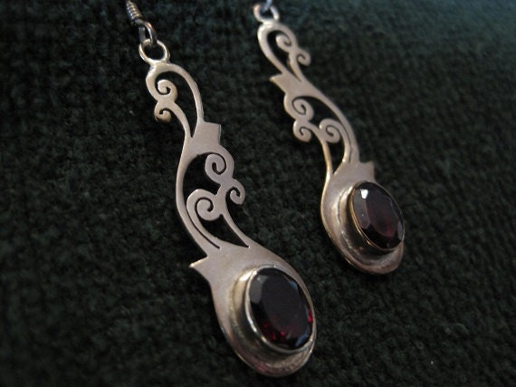 Vintage Sterling Silver Drop Earrings with Garnet Gemstones