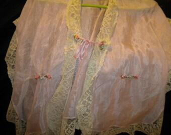 Very Sweet Ribbon Work adorned Pink Vintage Boudoir Jacket - XL Lingerie or Retro Blouse (FFs1128)