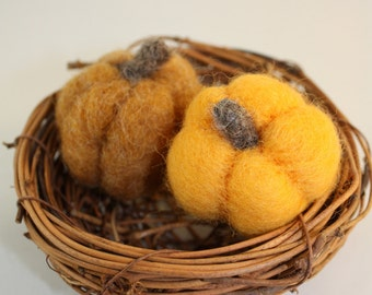 Needle Felted pumpkins set of 2  kids play food Halloween home decor