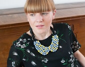Beaded collar necklace / Blue Yellow