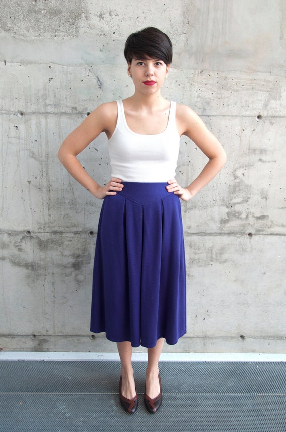Vintage High Waisted Pleated Jersey Skirt