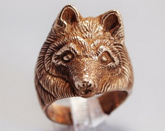 Wolf Ring in Antique Bronze