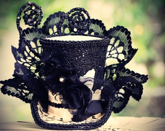 Black and White Ball Mini top hat fascinator, birthday parties, Victorian, photos, pageants, holidays, costumes, Halloween, Steampunk