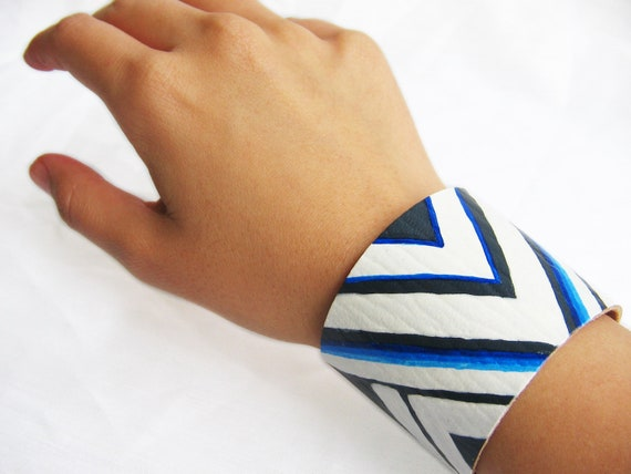 White and Blue TRIBAL CHEVRON-- 2 inch Blue Leather Bracelet / Cuff