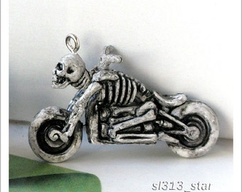 4pcs of Skeleton Motorbike Plastic Charms