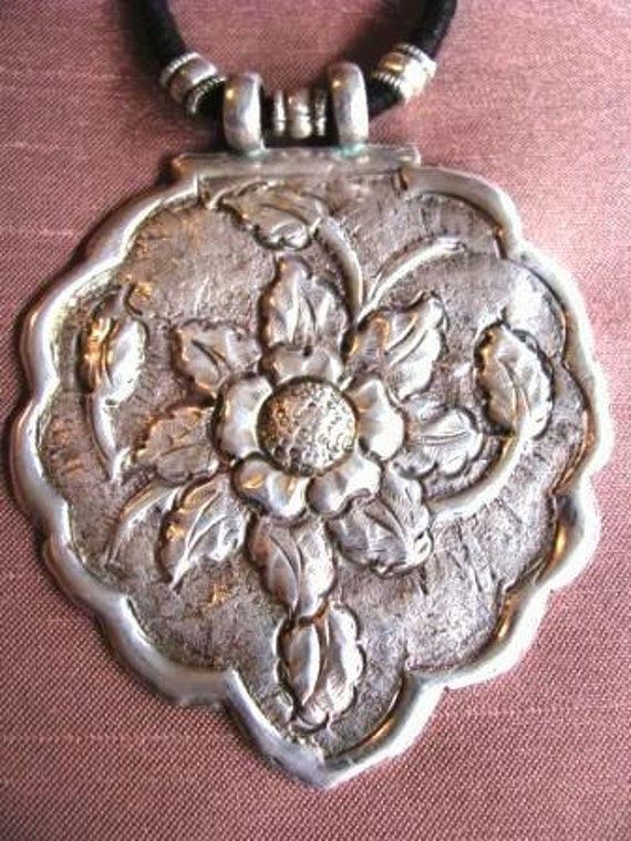 Antique Silver Mughal Fully Bloomed Louts Flower Amulet, Pendant, India, 30grams