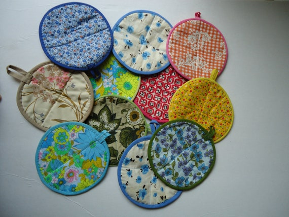 Lot of 11 Vintage Pot Holders, Assorted Fabrics and Patterns, Round in Shape, Ready to Hang