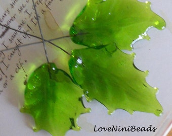 Holly Leaf Headpins - Grass Green Fairy Garden Leaves - Set of 3 - Lampwork Glass