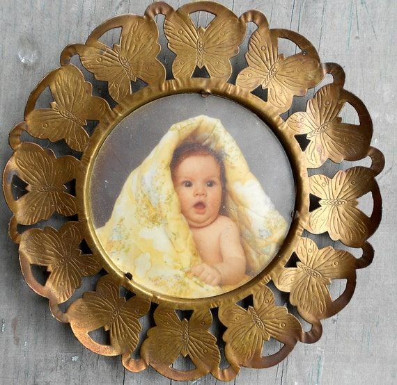 Round Picture Frame, brass butterfly motif