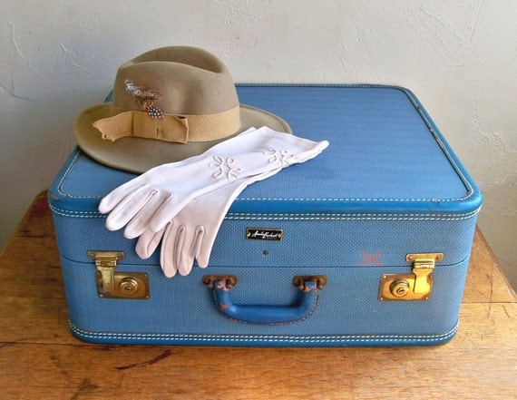 1950s Amelia Earhart Suitcase - Big and Blue