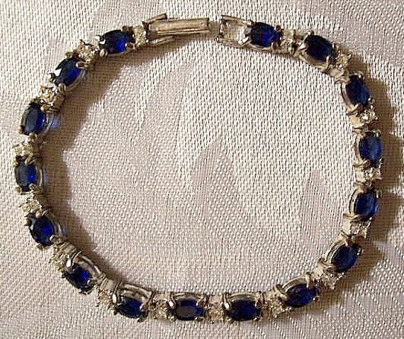 Blue Sapphire Bracelet Silver Tone Vintage Avon Faceted Stone Links