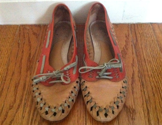 Vintage Tan / Brown / Burnt Sienna Woven Slip on Lace up Shoes / Flats - US SIZE 8