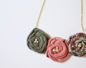 three flowers necklace