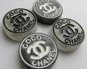 "2pcs CC Chanel 1"" Round Glitter Flat Back Decoden Cabcohons Black / White"