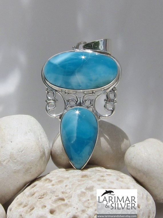 Larimar AAA pendant, Bohemian Queen - fantastic deep electric blue Larimar matched gems - W