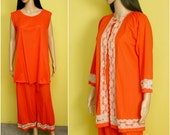 Vintage 60s orange red lace pajamas three-piece set (small / s)