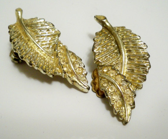 leaf shape with rhinestone earrings - Sarah Coventry clip on