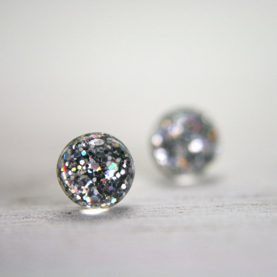 tiny globe earrings in iridescent silver - 5mm - small dot round resin stud earrings
