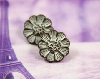 Small Daisy Copper White Patina Metal Shank Buttons - 0.51 inch - 10 pcs