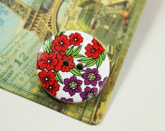 Flower Wooden Buttons -  Red and Purple Flower Bloomings Picture White Wood Buttons 1.18 inch. 6 in a set