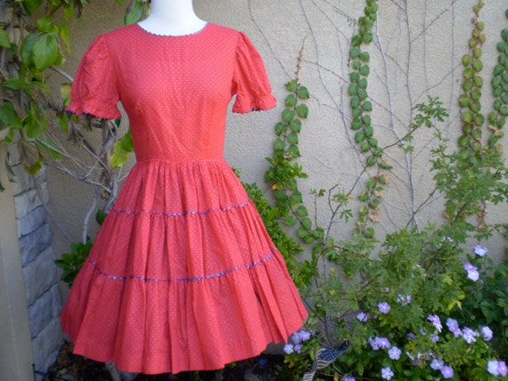 A vintage 1950s 1960s red and blue polka dots full skirt  summer dress size XXS XS