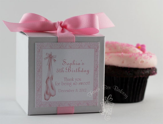 cupcake mix flavor select an option chocolate french vanilla sweet