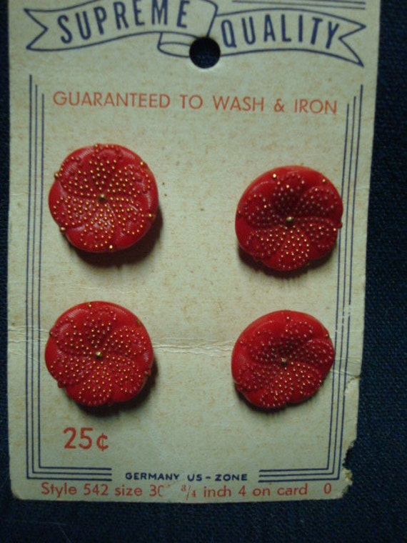 Red Shank Buttons Made in U. S. Zone Germany