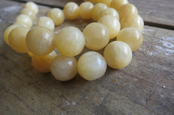 Natural Yellow Jade Round Ball 10mm Loose Beads