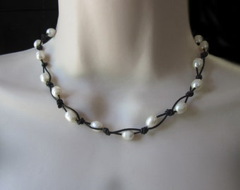 Leather Pearl Necklace Freshwater Pearls Black Brown Leather Boho Knotted Adjustable Womens Casual Jewelry