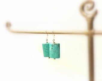 Curved Rectangular Turquoise Dangle Earrings, South Western Style,Silver Metal Lever Back Hooks and Beads