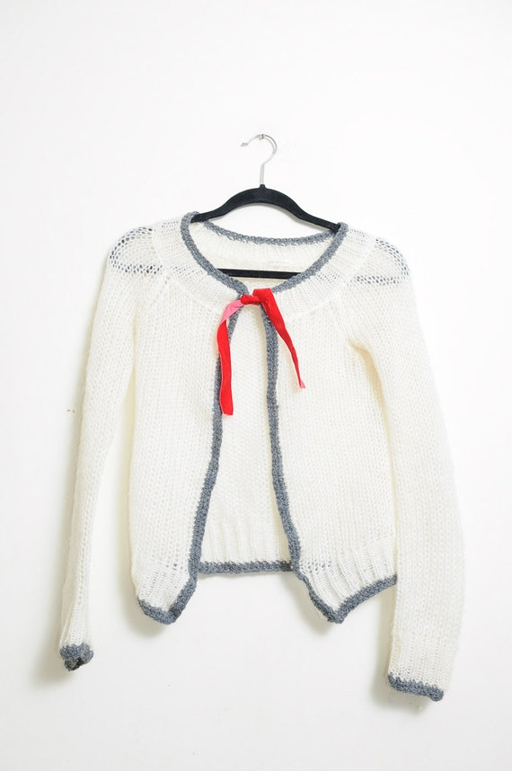Super Cute Vintage 80s/90s Knit Off White and Grey Cardigan Sweater With Small Red Velvet Ribbon In Front