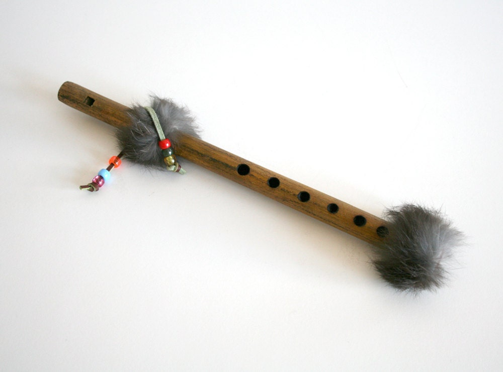 native american flutes essay The music of native americans in is almost entirely monophonic, but with certain exceptions traditional music of native americans often includes drums flutes.