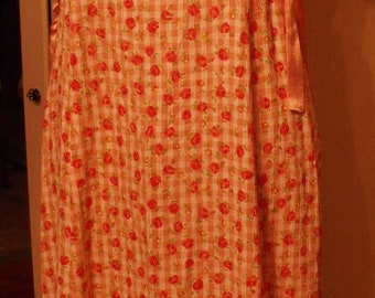 Vintage Dress/Retro Rose Plisse Dress/Size 16 Girls Dress/Romantic ShabbyFab Clothing
