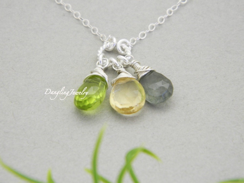 personalized mother birthstone necklace three gemstone. Black Bedroom Furniture Sets. Home Design Ideas