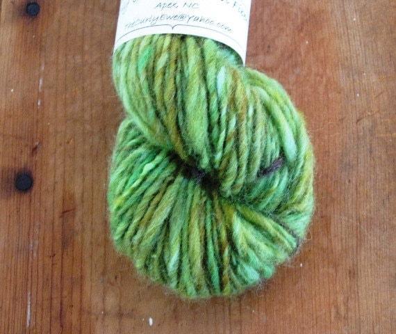 GRANNY SMITH Handspun Single Ply Skein Corriedale Finn Rambouillet Wool Yarn 85 Yards Green Yellow