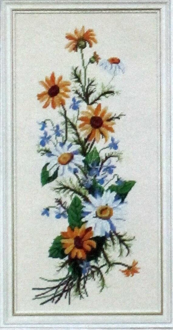 Wild Daisy Bouquet Hel...