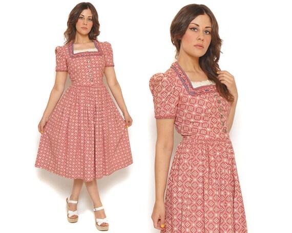 50s Vintage Dirndl Dress Dusty Rose Day Dress German Heidi Dress Wallach Munchen Volkskunfthaus / Beer Girl Rockabilly / SIze S Small