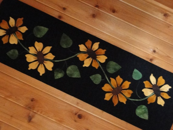 Wool  Etsy Runner Kit Table Sunflower table runner patterns yogybooboo Applique by on wool