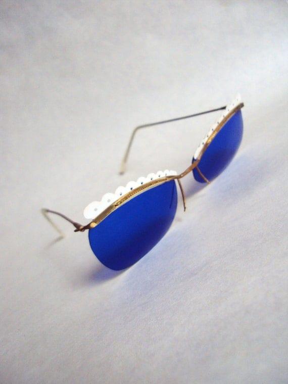 1950s Blue & white perspex sunglasses