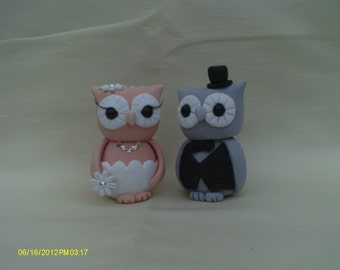 Owl bride and groom wedding cake topper