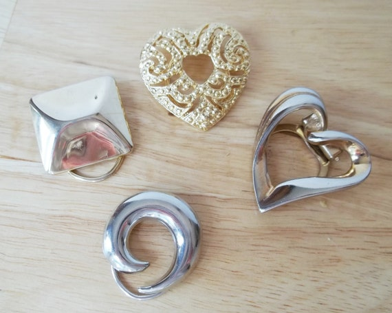 Lot of 4 Collectible Scarf Clips - Silvertone and Goldtone - Heart Circle Square