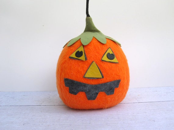 Retro Halloween Decoration - Stuffed Felt Pumpkin 1960s Orange Green Black