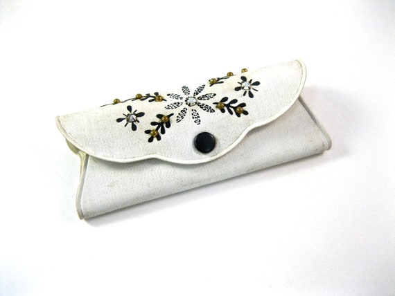 white eyeglasses case. 1950s beaded and jeweled glasses holder with rhinestones and decoration.