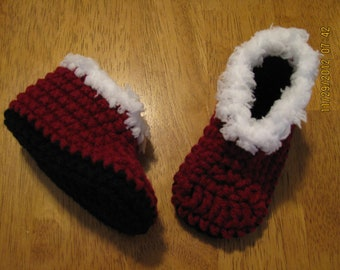 Boot set crochet newborn size photo prop / costume