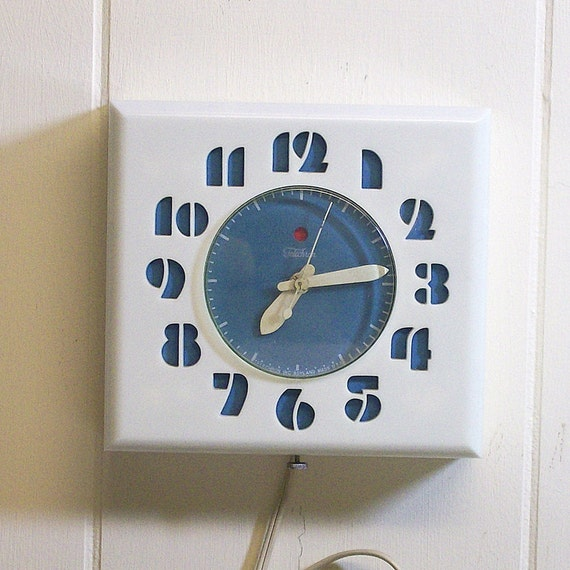 Vintage Electric Wall Clock White And Turquoise