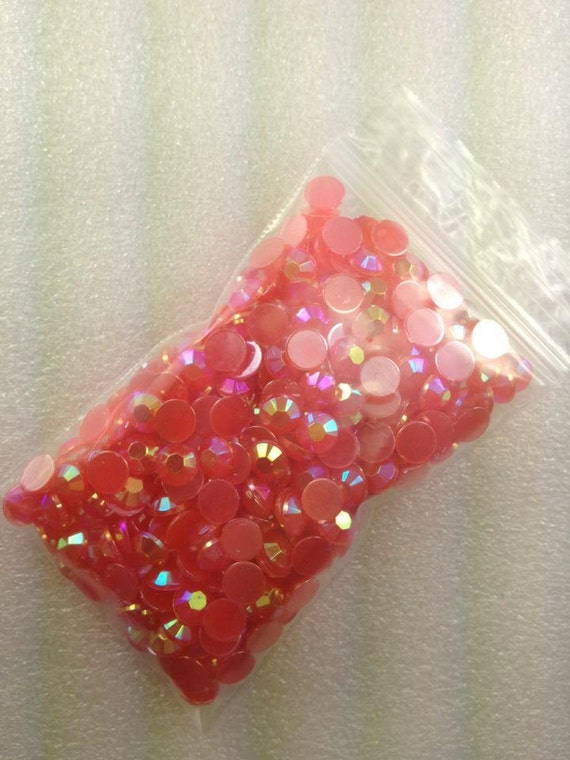 6Mm...200 PieCeS... ReD AB CaNDy FLaTBaCK Acrylic RHiNeStOnEs...UsA SHiPPiNg..50% oFF WhOLe ShOp
